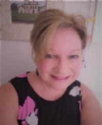 Carol L Bloom