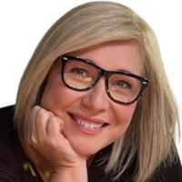 Rachel D McCoy